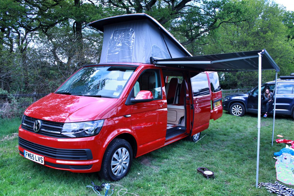 red vw t6