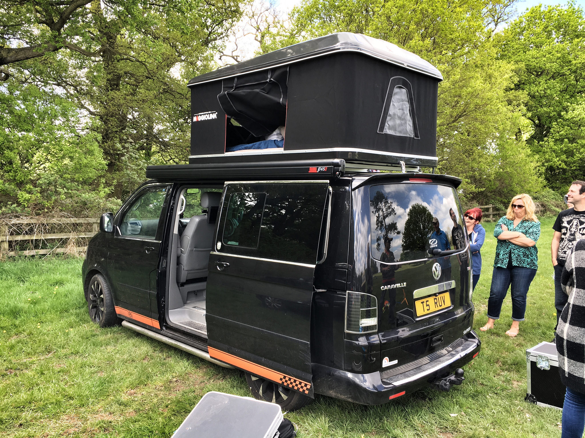 Vw T5 Tent Amp Vw T5 With Canopy Set Up In Single Pole Ridge